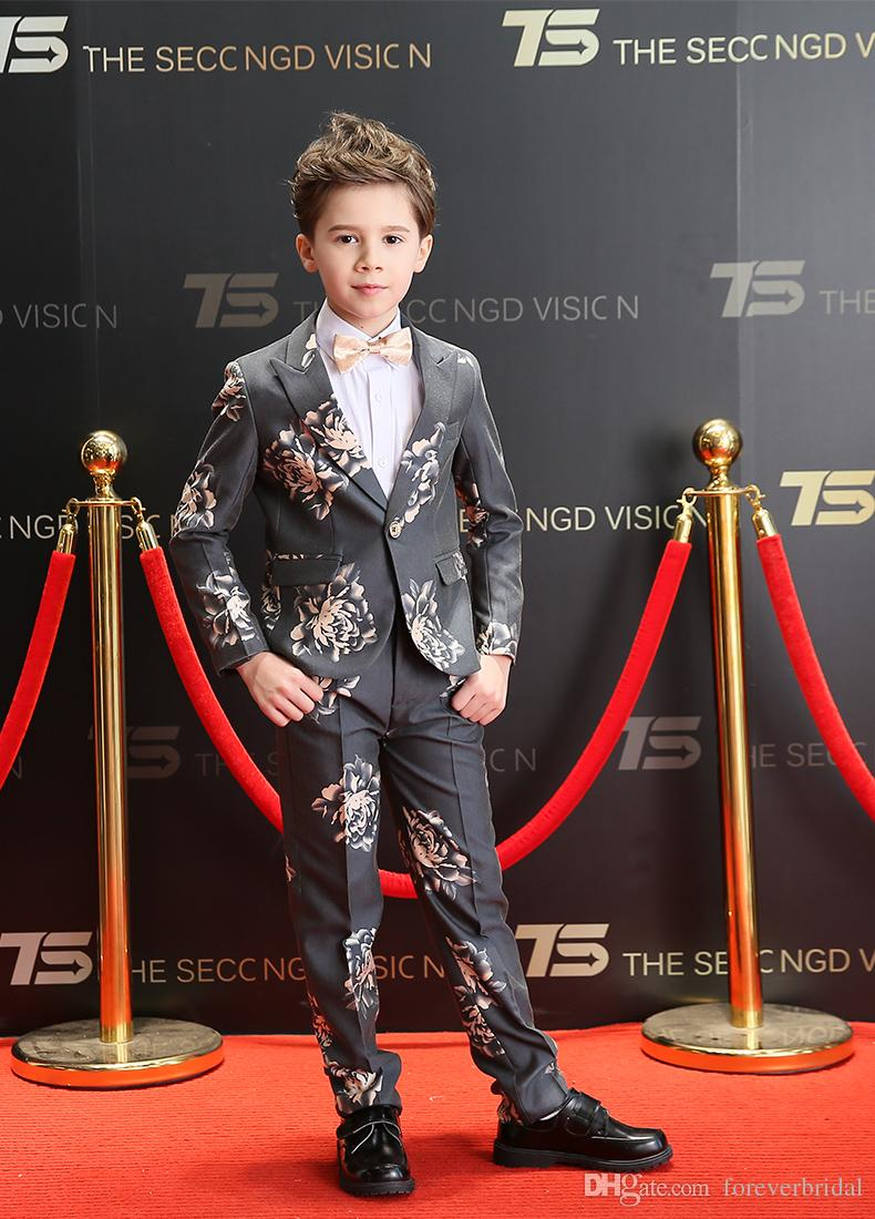bf03c2e9d Noble Flower Printed Colour Gray Three Pieces Tuxedos (Jacket+Pant+Vest)  Formal Wedding Party Suits Boys Wear One Button Costume In Stock