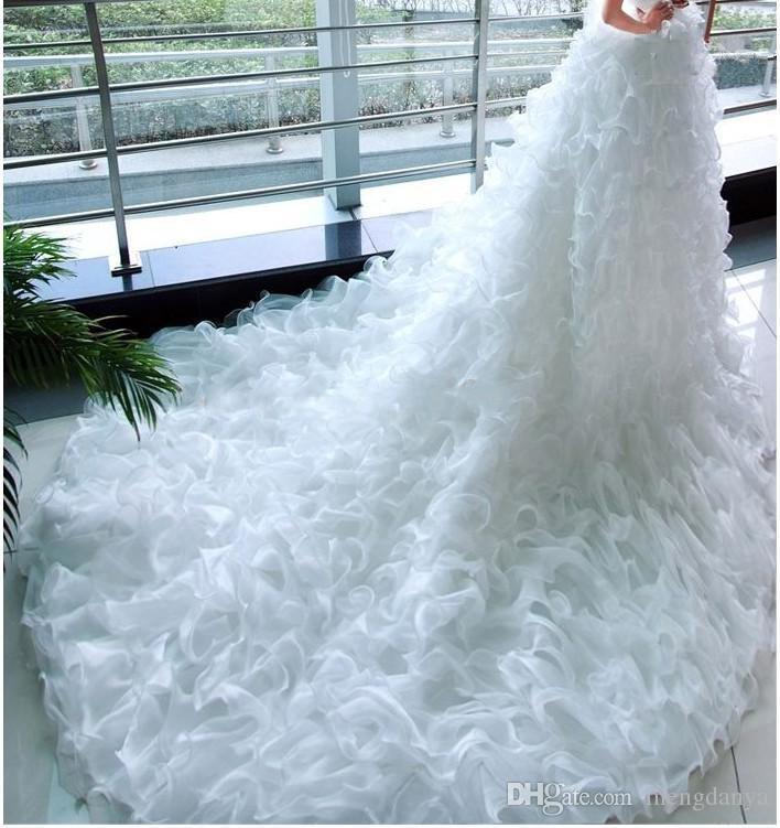 2019 Beautiful A-Line Wedding Dresses Princess Bride Fashion Models Big Fluffy TailL Long Tail Wedding Dress Bridal Gown E57