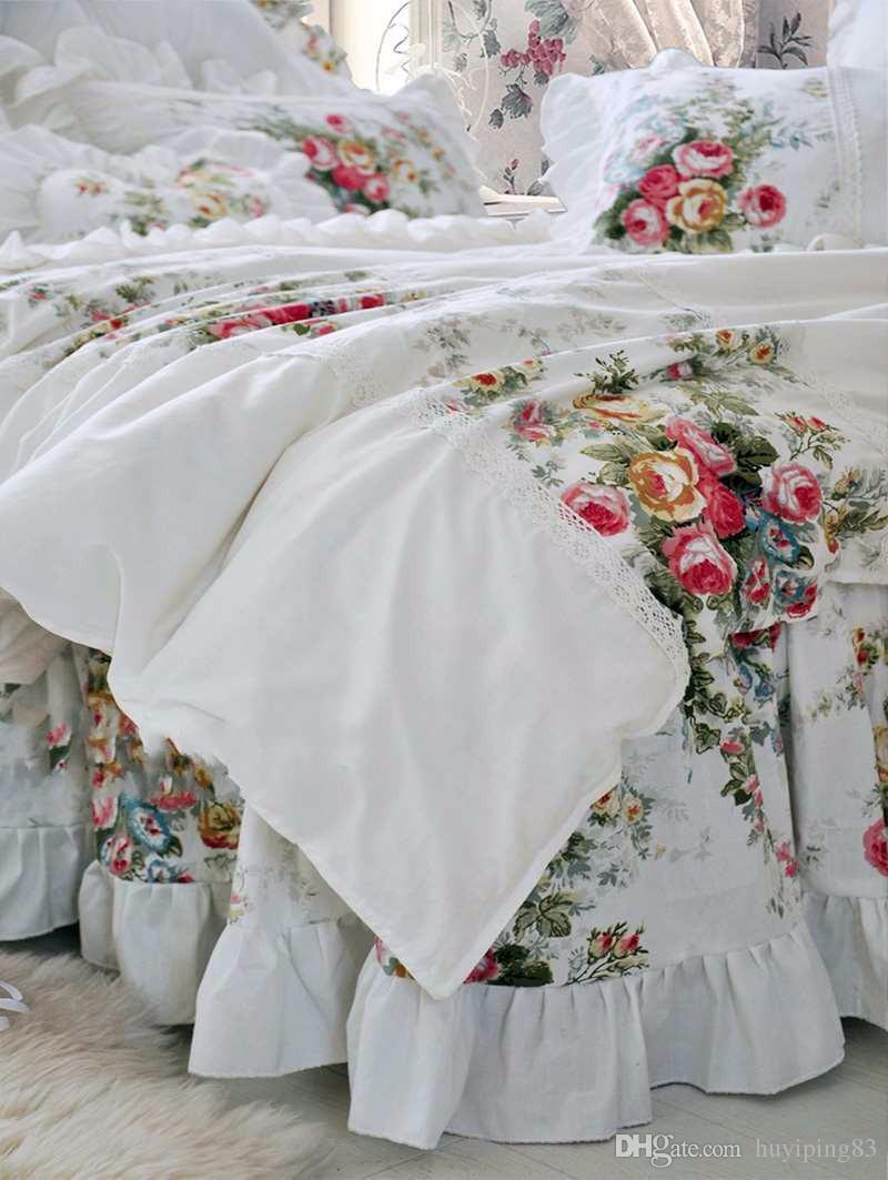 Estilo Coreano Bege Princesa Conjunto de Cama de Luxo Rose Impressão Quilt Rendas Colchas babados Colcha Lençol de Algodão Rainha Rei tamanho
