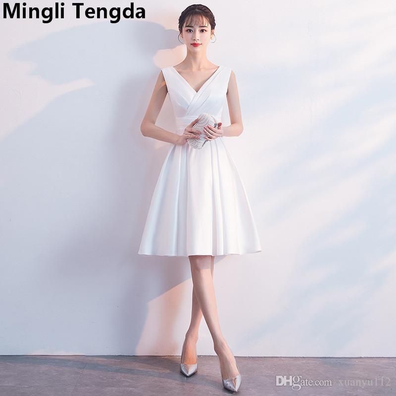 dc06f8e69d23 Mingli Tengda blanco / negro con cuello en v vestidos de dama de honor  Elegante vestido de satén para la fiesta de bodas robe demoiselles d  honneur ...