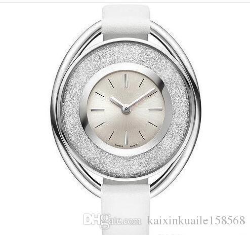 Compre 2018 Popular Casual Rolling Cristal Dial Mujeres Reloj Negro Blanco  Rojo Reloj De Pulsera De Cuero Dama Relojes Famosa Marca Vestido Reloj  Envío ... 43a343468e8d