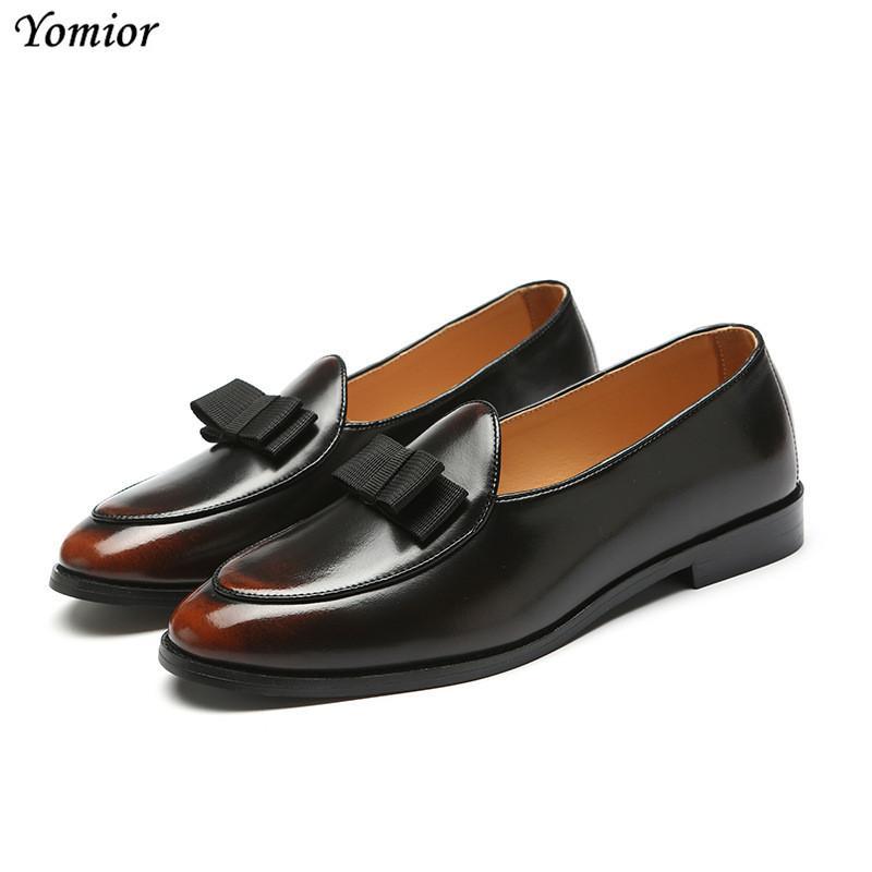 Compre 2018 Hombre Pisos Zapatos De Vestir De Los Hombres Clásicos  Italianos Oxfords Formales Moda Británica Primavera Otoño Negocios Zapatos  De Boda De ... 7a12b6d72de9