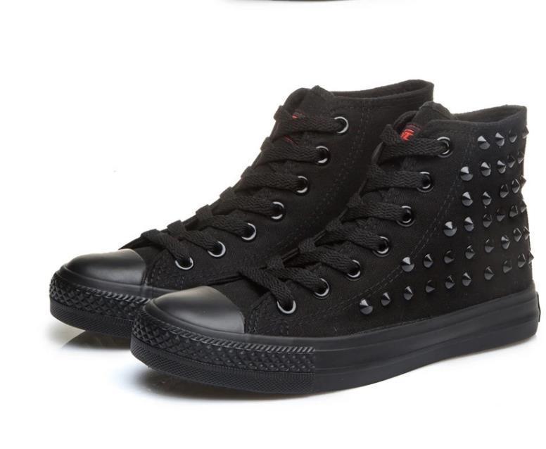 buy online 701c0 8b5b1 Acheter Drop Ship Haut Tout Noir Modèle Goujons Pointus Toile Chaussures  Unisexe Chaussures Pour Les Amoureux De Toutes Les Tailles 35 45 Eur De   36.1 Du ...