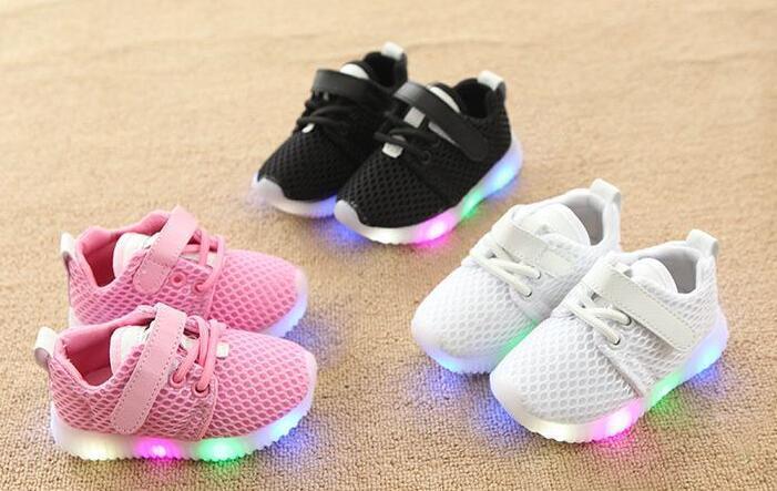 5536da75a Compre AI LIANG Zapatos De Moda Para Niños Con Zapatillas De Deporte  Luminosas Zapatillas Deportivas Para Bebés Niños Pequeños Niños Zapatos  Para Niñas LED ...