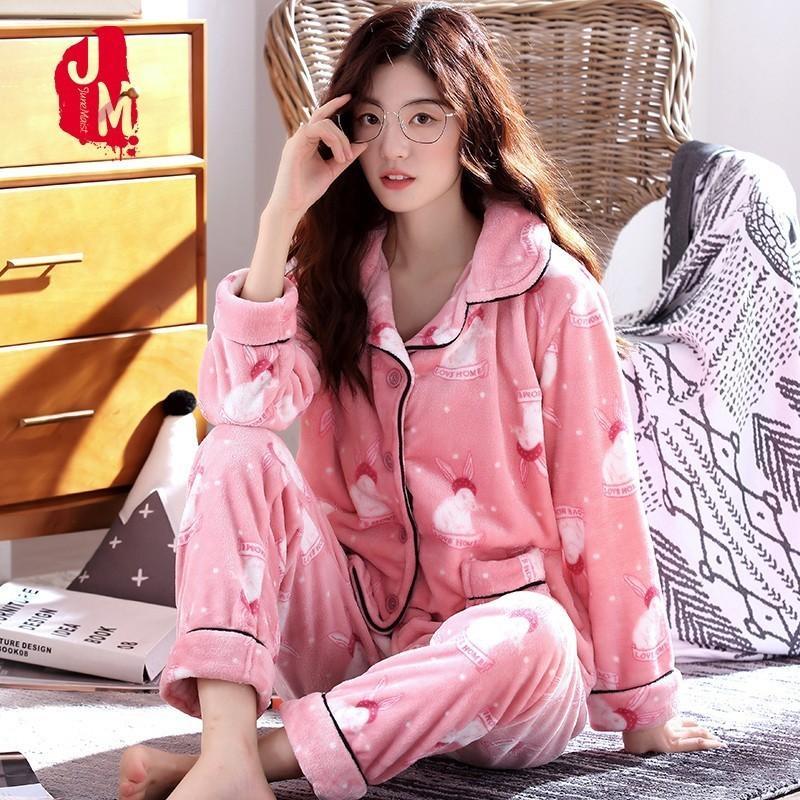 f43e3b161b0f7b Sleep Quente Pijamas Mulheres Inverno Turn-down Collar Mulheres Pijama Set  Pijamas Dos Desenhos Animados Feminino Grosso Pijamas Longo Homewear XXL