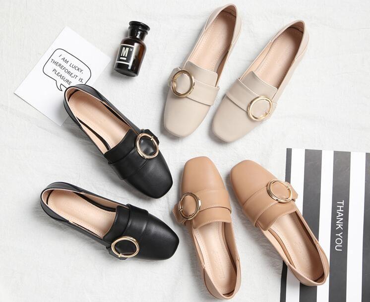 Selling Bellissimo Mules scarpe Flat Heel scarpe Belt Buckle