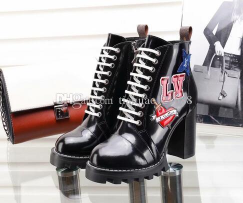 18b60ff2b Compre Sapatos De Luxo Novo Couro Genuíno Dedo Do Pé Redondo Mulheres Botas  Gladiador Rendas Até Ankle Boots De Salto Grosso Sapatos Mulheres 35 41  Botas De ...
