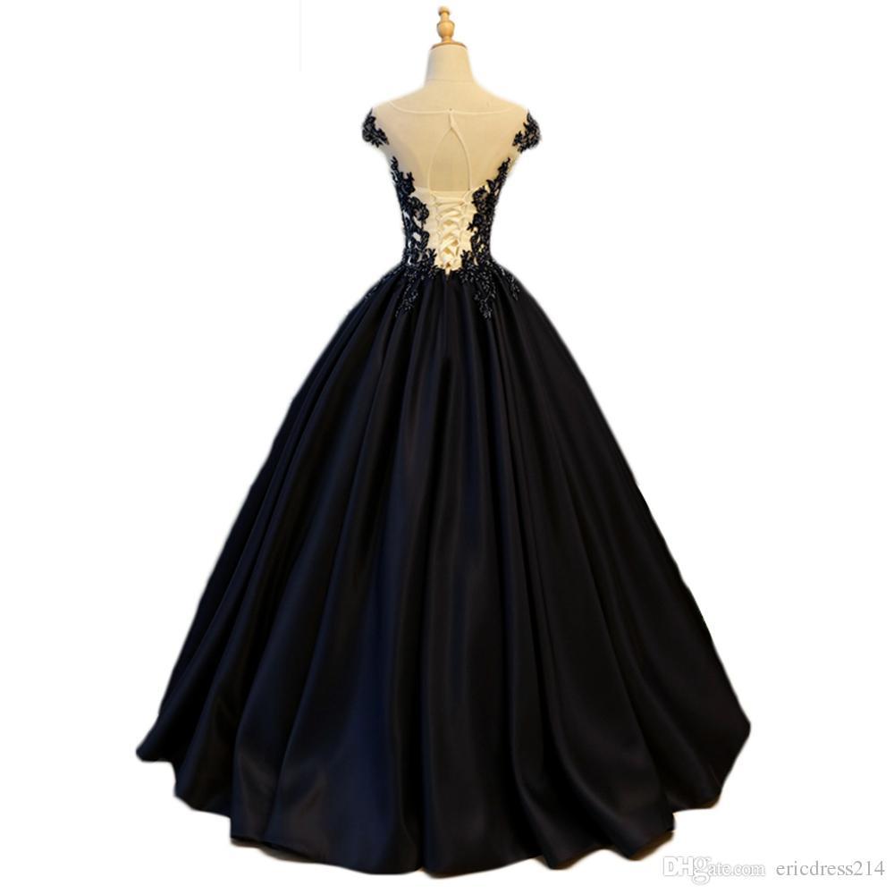 0acce27041 Compre Elegante Vestido De Fiesta Con Cuello En V De Encaje Negro 16 Vestido  Largo Con Cuello De Cisne Vestidos De Quinceañera Sin Tirantes Vestidos De  ...