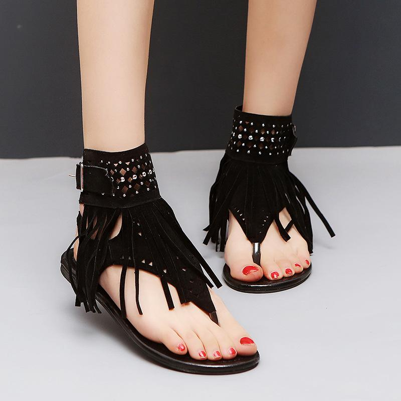 f3a9dd15588a4 2018 new style sandals and slippers retro ladies men's beach ladies summer  flat fringed open-toed rhinestones