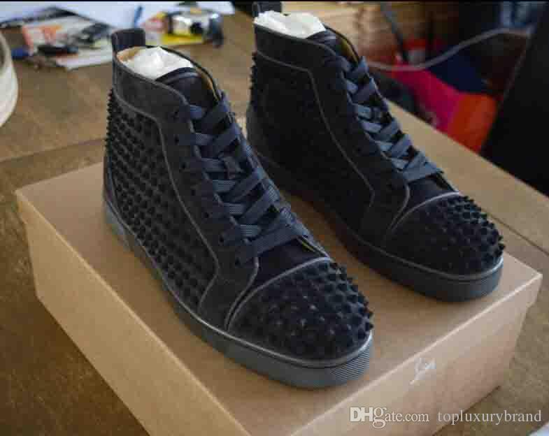 d32438f0b Melhor Qualidade Sapatilhas de Fundo Vermelho Sapatos das Mulheres dos  homens Orlato Plana Veau Velours Floque Cinza Cravejado de Camurça de Couro  Genuíno ...