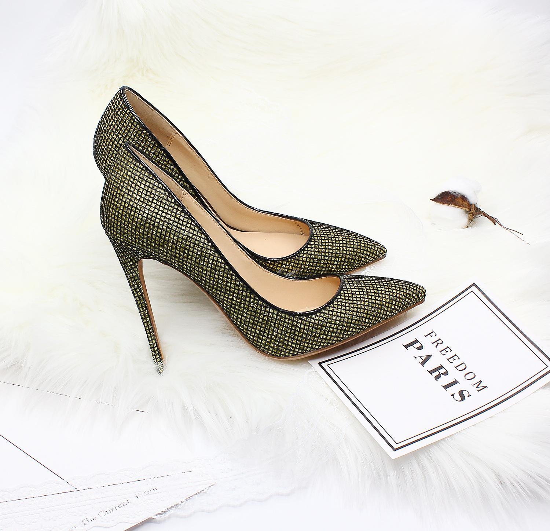 High heel flash