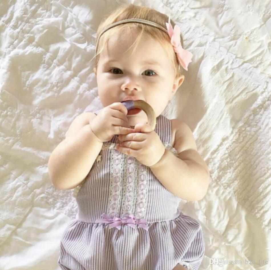 Handmade natural de madeira crochet bebê infantil crianças teether dentição anel presente brinquedo infantil anel de madeira dentes ooa3927