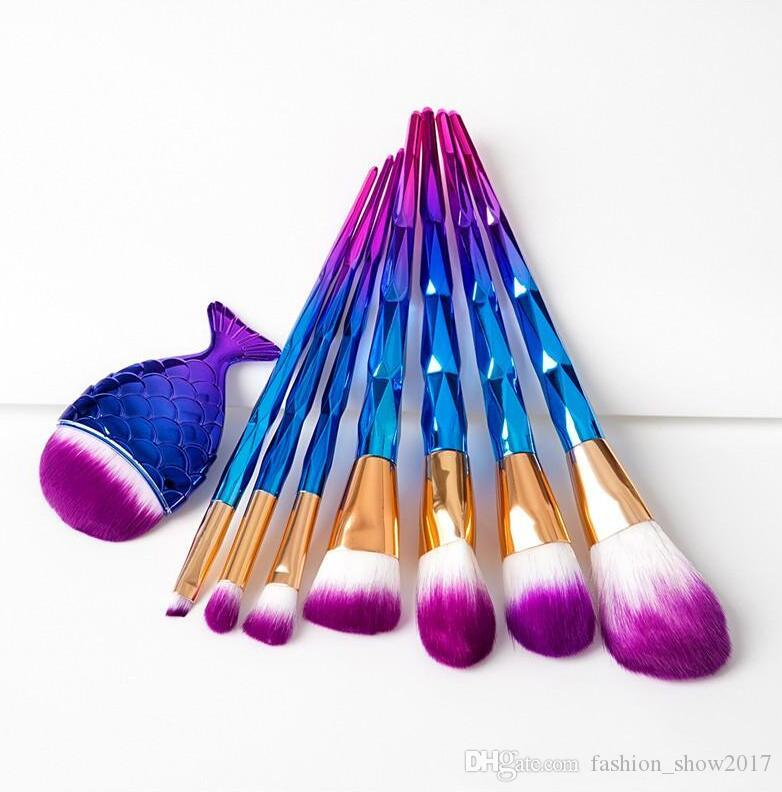 New Mermaid Rainbow Makeup Brushes Set Diamond Big Fish Tail Cosmetics Foundation Brush Beauty Tools Multipurpose Makeup Brushes Kit