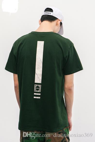 2018 modelos de explosão da Europa e dos Estados Unidos primavera e no verão nova impressão carta simples homens homens de manga curta T-shirt