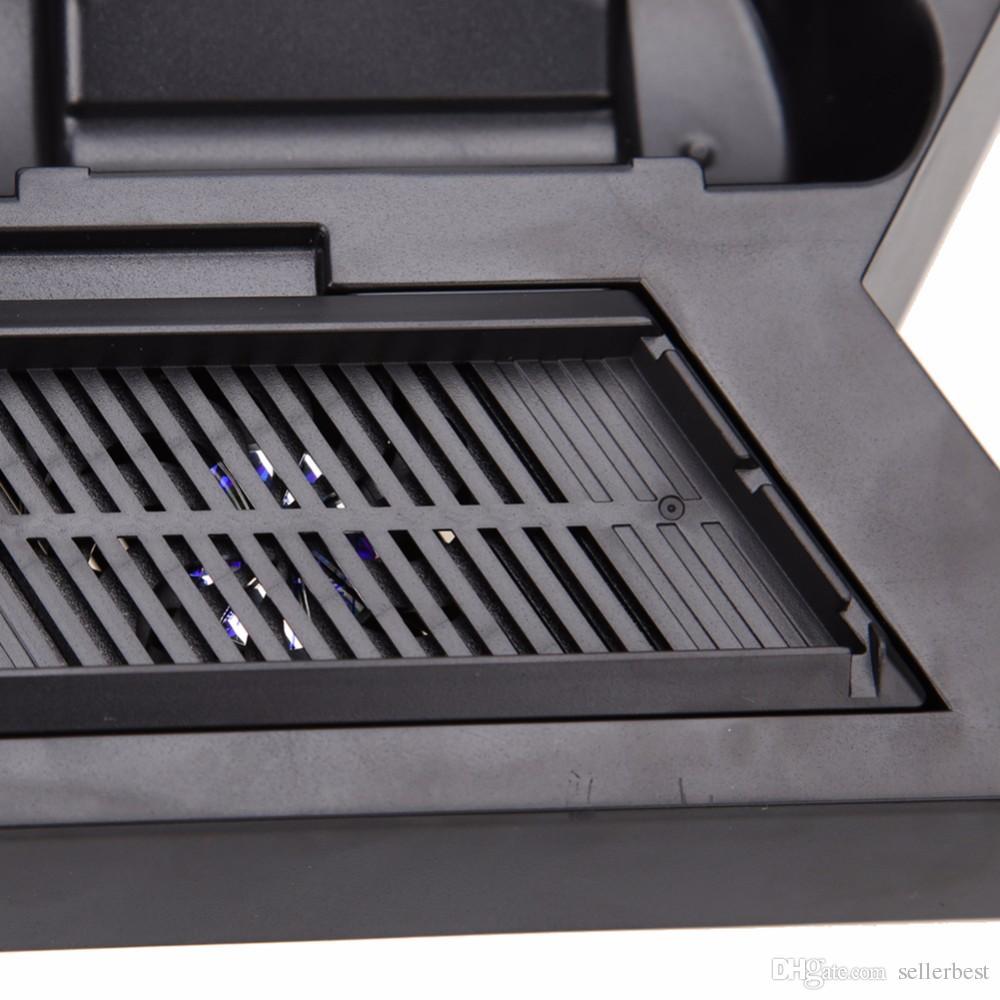 Soporte vertical con cargador de ventilador de refrigeración para la consola PlayStation 4 Controladores PS4 Estación de carga Puertos de cargador USB dobles USB HUB