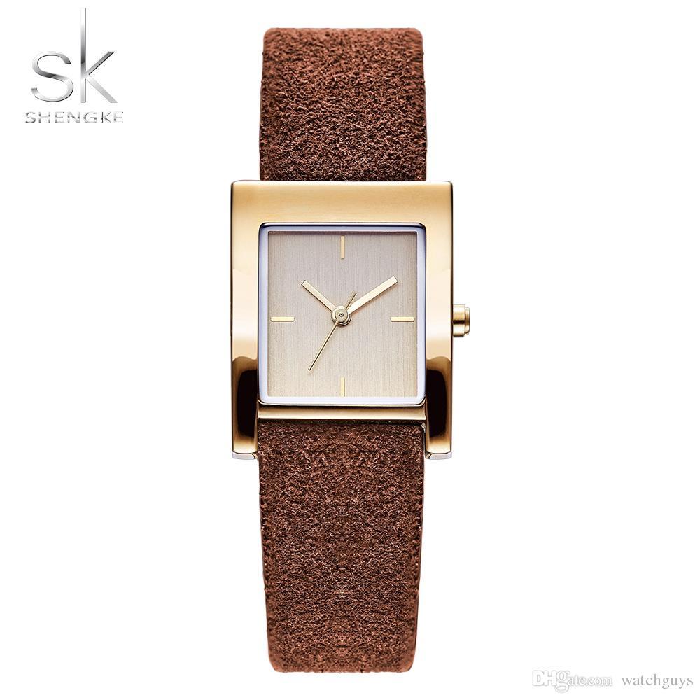 ce29958045e Compre Shengke Couro Genuíno Relógio De Quartzo Senhora Relógios Mulheres  Luxo Antigo Elegante Quadrado Dress Watch Relogio Feminino Montre Femme De  ...