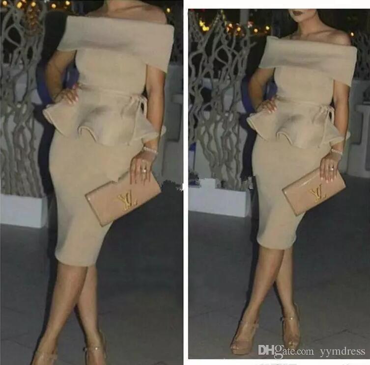 Cóctel Champagne Desnudo mancha Dubai Vestidos de fiesta baratos Mujeres árabes fuera del hombro Vestido de fiesta corto recto Oriente Vestidos formales