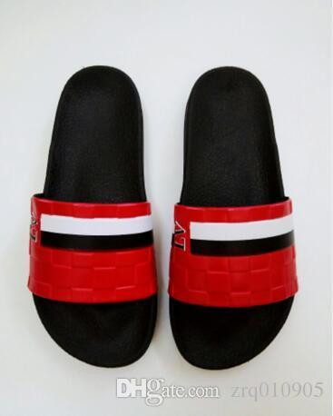 da5e3da28 2019 Hot Sale Fashion Men S Sandals Slippers For Men Hot Luxury Designer  Flower Printed Beach Flip Flops Slipper BEST QUALITY Thigh High Boots  Booties From ...