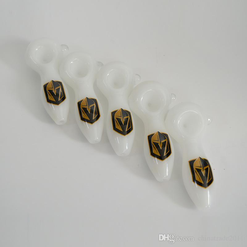 Футбольная команда логотип стеклянная труба Вегас Золотые Рыцари рука курительные трубки 4
