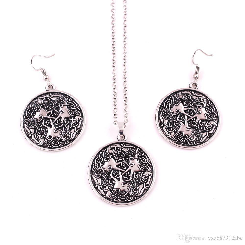 Moda Religiosa EPONA Ciondolo Cavallo Guerriero CAVALLO Equine Dea Amuleto Collana con catena a forma di orecchini con catena di gioielli animali
