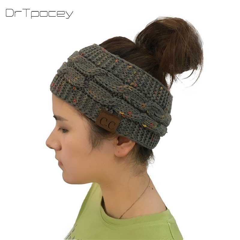 Acheter Nouveau Mode Cc Chaud Automne Hiver Chapeau Femmes Fille Stretch  Knited Hat Messy Bun Queue De Cheval Skullies Bonnets Holey Chaud Chapeaux  D hiver ... e4a3046a4b1