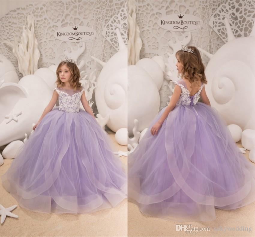2c1f85e8bf Compre Hermosos Vestidos De Niña De Flores Color Lila Lavanda Con Apliques  Blancos Puffy Tulle Kids Ball Ball Vestido De Hombros Para Niños Pequeños  ...