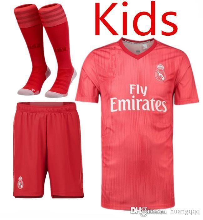7adcf69a499c8 Compre Real Madrid 18 19 Temporada Segunda Camiseta De Los Niños FC FC RAUL  MARCELO BALE CASEMIRO ISCO ASENSIO KROOS VALLEJO CARVAJAL Traje De Fútbol  ...