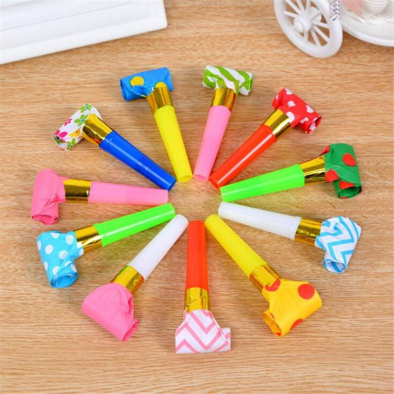 10pcs / pack New Colorful Little Whistle Blowing Dragon Blowout Spray Bambini Dragon Birthday Party Regalo di compleanno Sound Puntelli