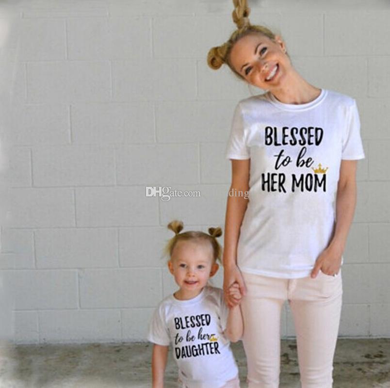 Família roupas combinando Mãe e filha Camisetas carta imprimir Tops 2018 novo Dia das Mães manga longa Tees C3496