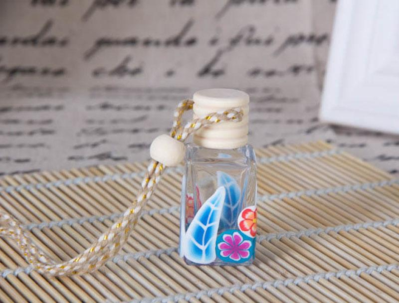 Most Popular Hangings Glass Perfume Bottles Polymer Clay Vials for Essential Oil Fragrance Bottle Charming Car Pendant Decoration