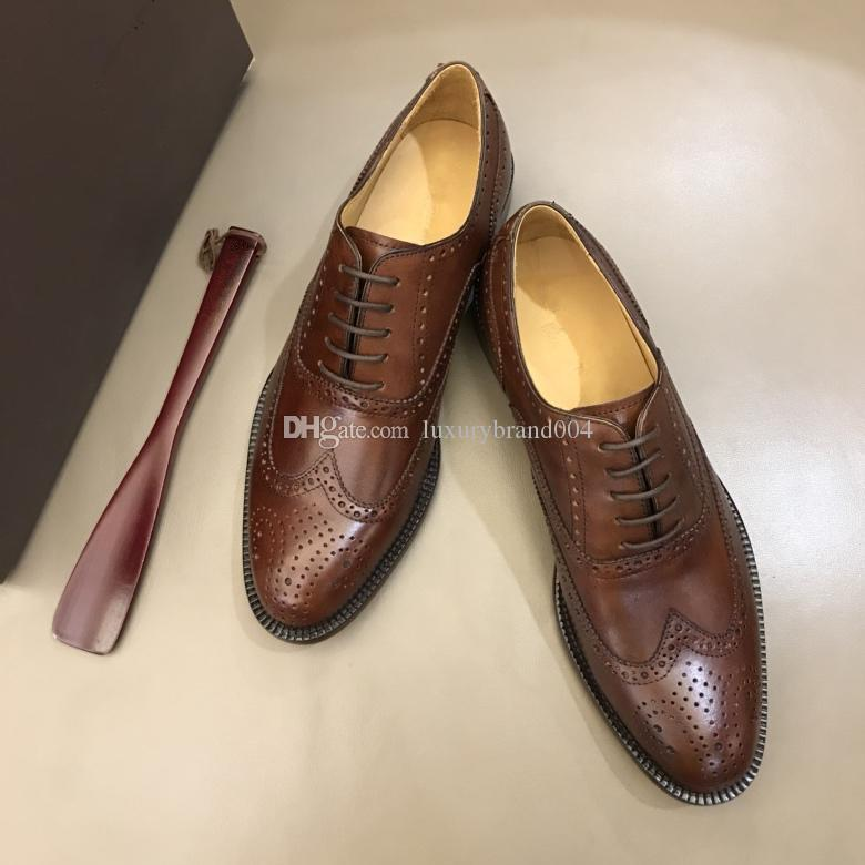 2018 Luxury Brand Fashion Shoes Flat Genuine Leather Oxford Dress Shoes Mens  Walking Flats Wedding Party Loafers 38 45 Pumps Shoes Slippers For Men From  ... 4679ff33a9d1