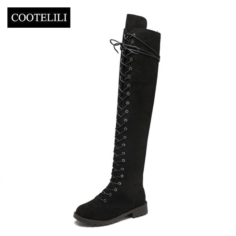 2055eab8abe35 Compre COOTELILI Muslo Botas Altas Con Cordones Zapatos De Mujer Sobre La Rodilla  Botas Planas Largas Señoras De Goma Zapatos De Mujer 35 43 A  32.58 Del ...