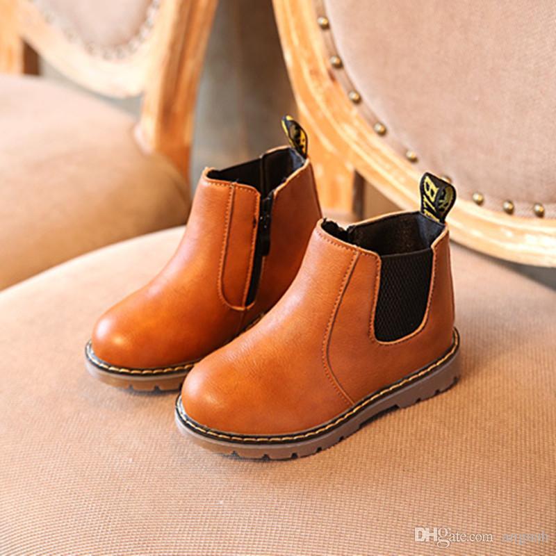 Enfants Casual Martin Chaussures 2017 Marque En Cuir Souple Non-slip Chaussures Enfants Avec Velours Chaussures D'hiver Noir Gris Marron Garçon Filles Taille De Botte 21-36