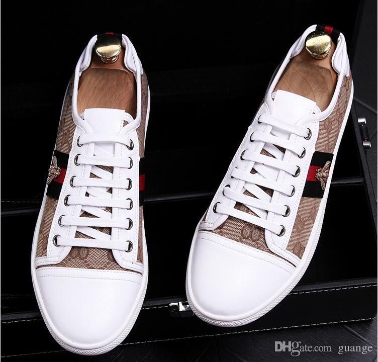 Compre 2019 Hombres Zapatos De Brillo Nuevos Para Hombre De La Moda Pisos Casuales  Zapatos De Vestir De Diseñador De Hombre Mocasines Con Lentejuelas ... 1b4af8dc928e