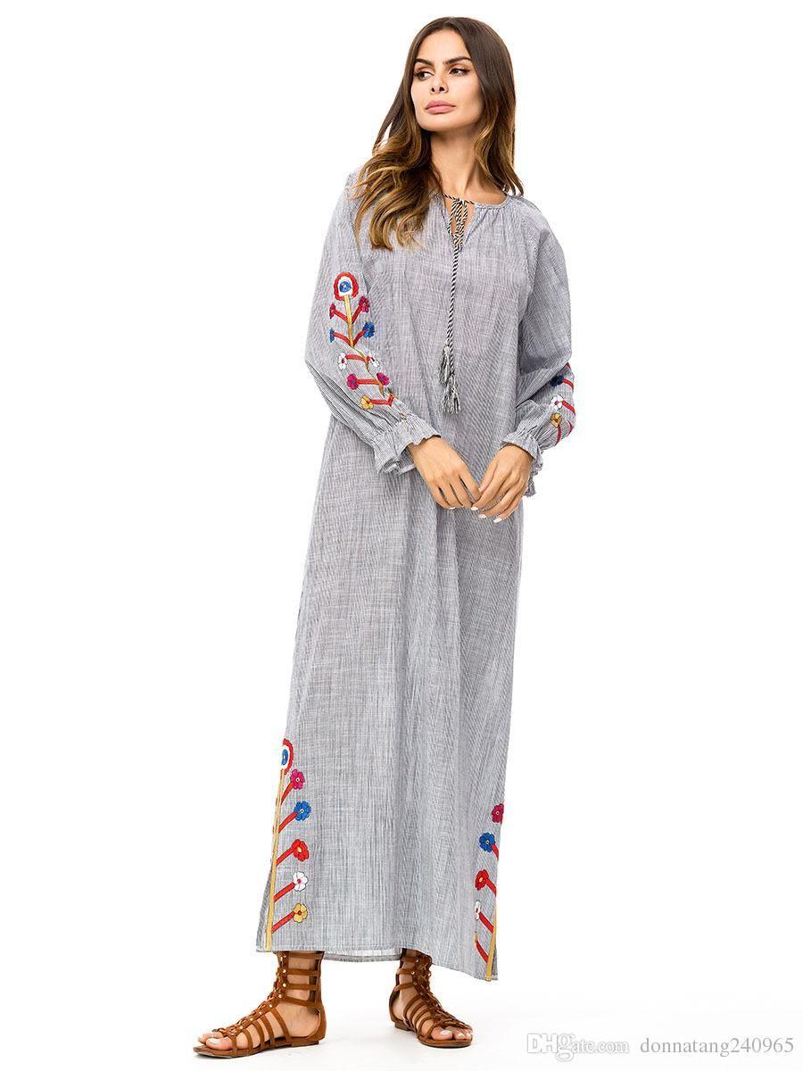 2019 Women Muslim Abaya Dubai Turkish Cotton Linen Islamic Clothing Robe  Musulman Hijab Dress Embroidery Jilbab Femme Musulman From Dujotree 58aeaac38f18