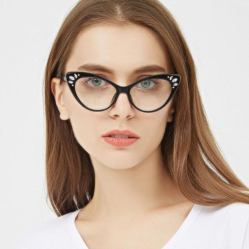 Acheter 2018 Nouvelle Mode Lunettes Cadre De Lunettes Femmes Marque  Designer Rétro Miroir Plat Lunettes Pour Hommes Femmes UV400 Lunettes De   28.61 Du ... dd26461502aa