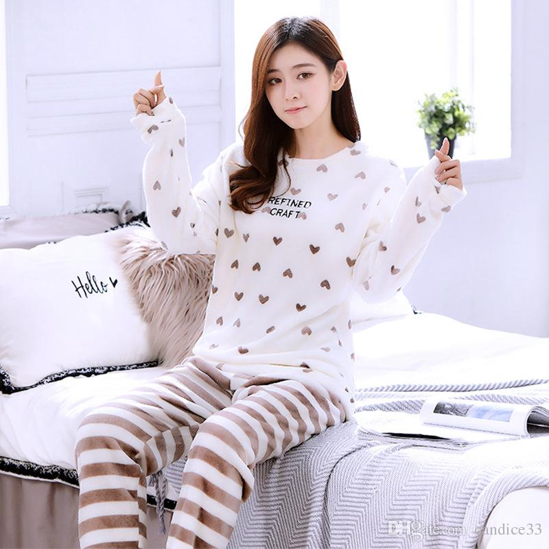 2019 Thickening Women Winter Flannel Pajamas Female Coral Fleece Pajama  Sets Sleepwear Velvet White Long Sleeve Casual Nightgown From Candice33 c97a3fc37