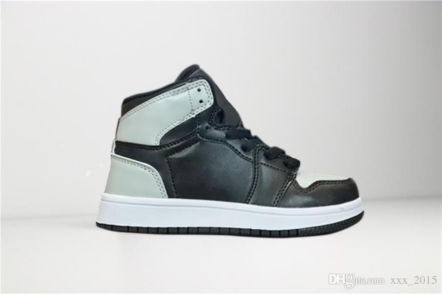 online retailer aac13 761a1 Großhandel Nike Air Jordan 1 Retro Kinder Schuhe OG 1 1s Basketball Schuhe  Kinder Jungen Mädchen 1 Top 3 Gezüchtet Schwarz Rot Weiß Turnschuhe Kinder  ...
