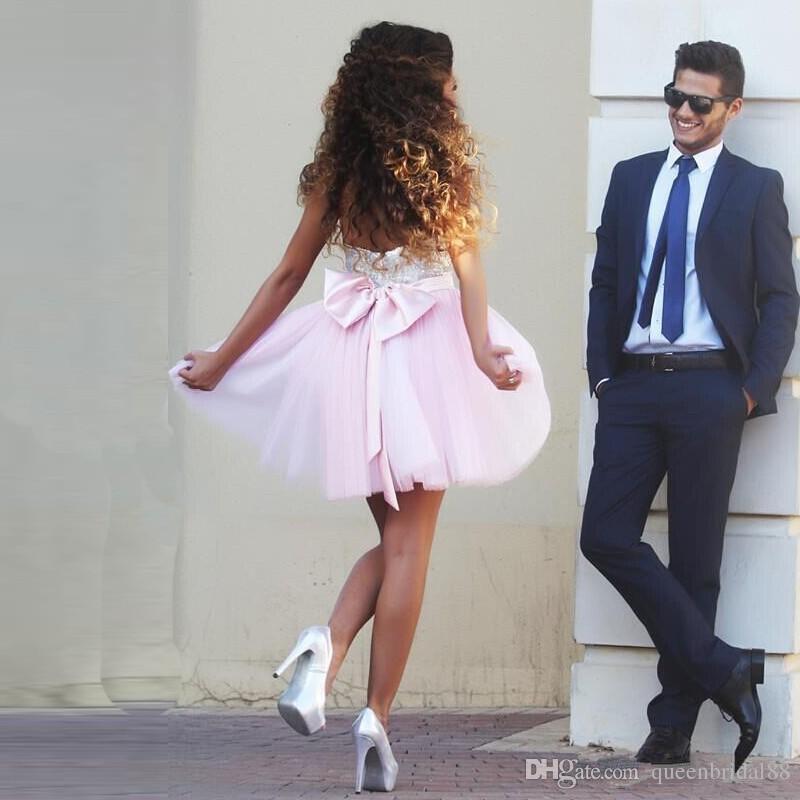 Paillettes chérie 2018 robes de retour avec bow fermeture éclair dos nu robes de soirée cocktail tulle une ligne courte robe de bal