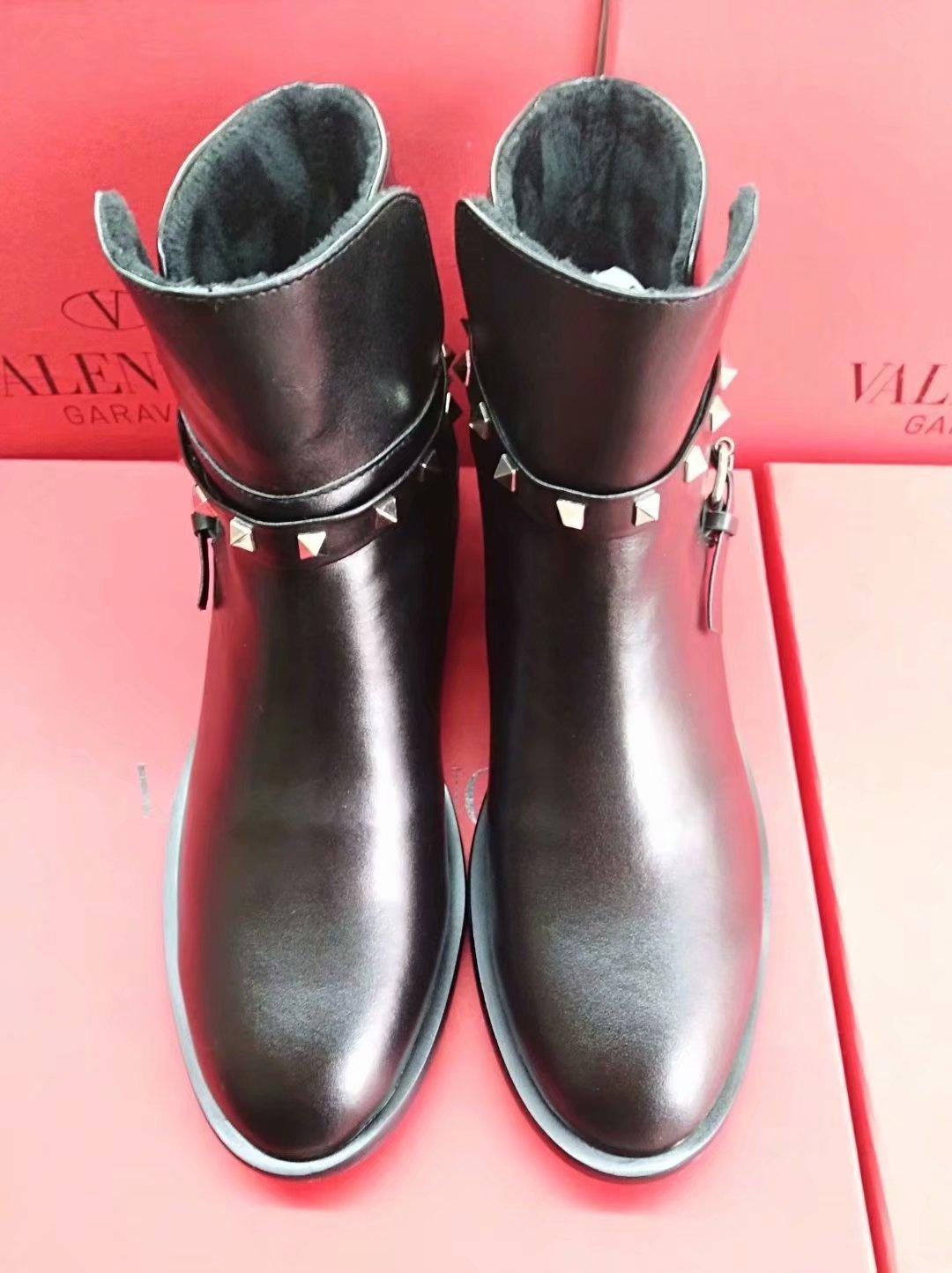 342d60185e Women Boots Leather Their Design Pointed Short Tube Rivet Genuine ...
