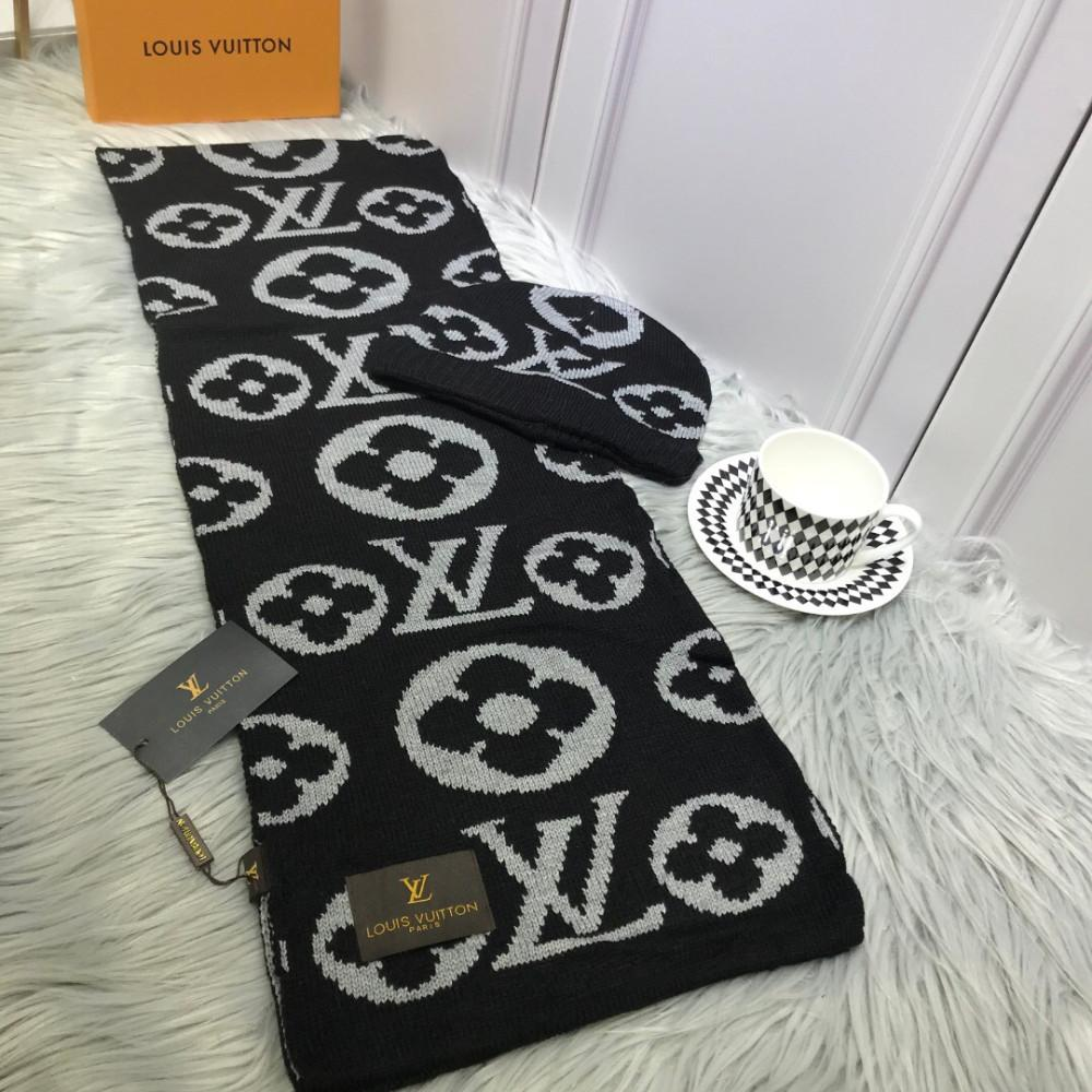 61f8b99f56e2 2018 New Style New Scarf Plus Hat, Suit Series, Stylish And ...