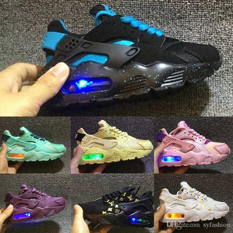 08fd2af92679 Satın Al Flaş Işıklı Nike Air Huarache Çocuklar Hava Huarache Run Ayakkabı  Çocuk Koşu Ayakkabıları Bebek Huaraches Açık Yürümeye Başlayan Atletik  Erkek Kız ...