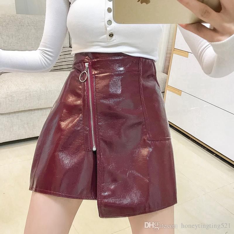 23945bb42 Nueva moda femenina sexy cintura alta asimétrica irregular cremallera  patchwork cuero de LA PU corto una línea falda vino rojo negro 2 colores