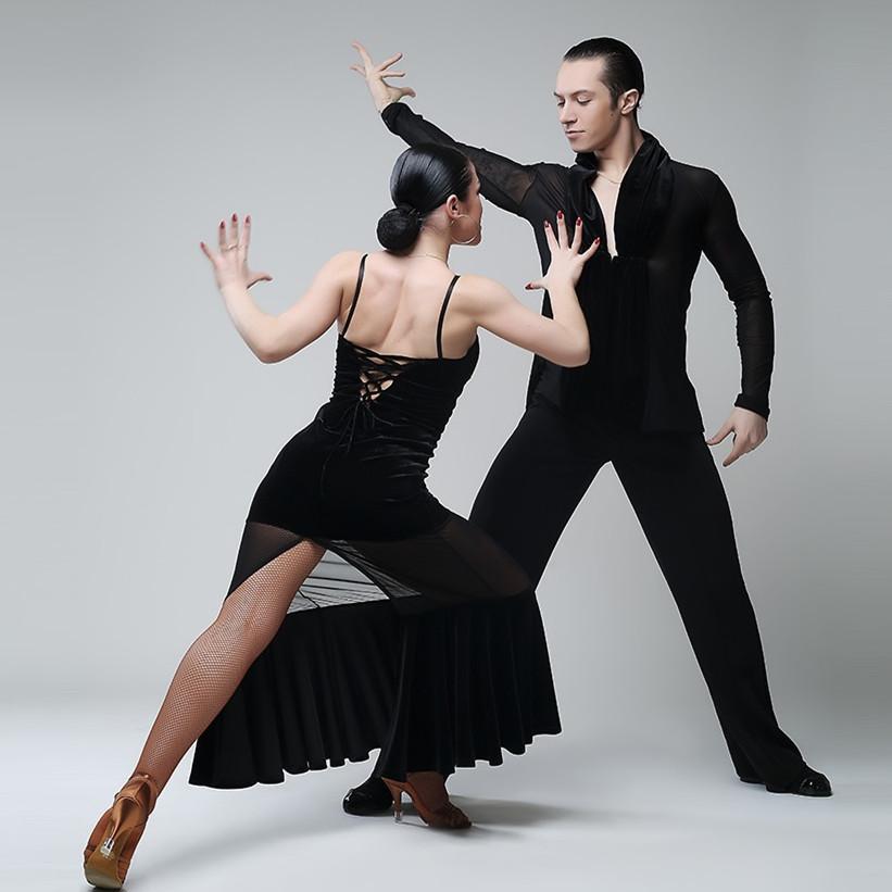 Acquista Costumi Di Ballo Di Flamenco Nero Abito Da Tango Vestito Da Ballo  Spagnolo Vestito Da Ballo Valzer Donne Vestiti Di Danza Latina A  90.27 Dal  ... 1769938ae20