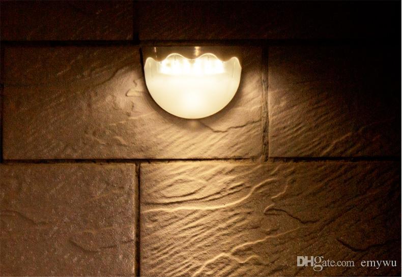 Acquista lampada da parete solare impermeabile esterna da esterno