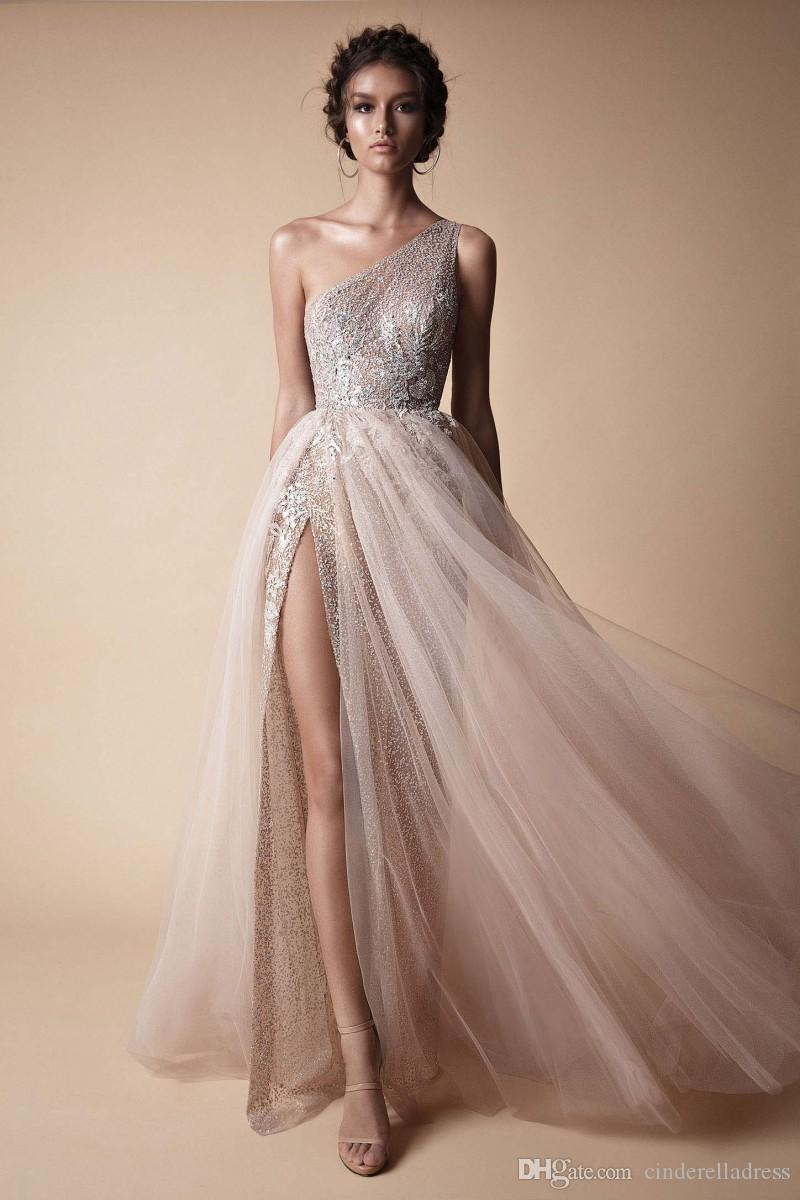 Berta 2018 New High Side Split Sequined Wedding Dresses Bohemian One Shoulder Lace Appliqued Bridal Gowns vestido de novia