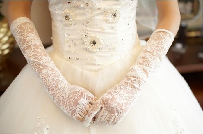 Ucuz 2018 Yeni Varış Düğün Eldiven ile Uzun Dantel Parmak Beyaz Fildişi Kırmızı Dirsek Gelin Eldiven Düğün Accesorries