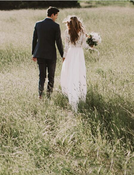 Vestidos de novia de encaje bohemio con mangas largas del país Longitud del piso una línea de apliques de encaje Boho vestidos de novia baratos