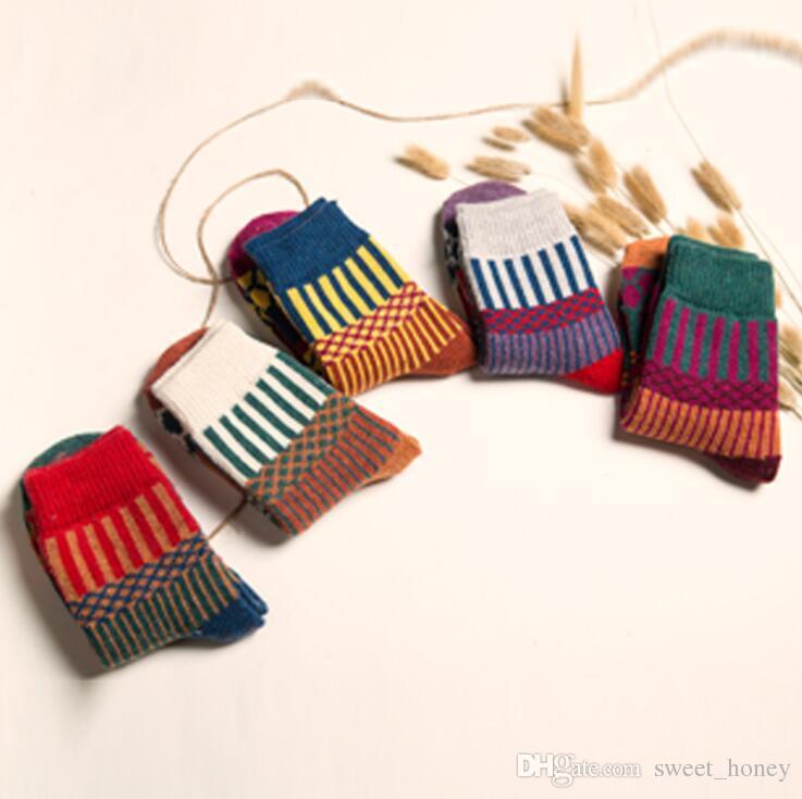 Royaume-Uni Bébé Chaussettes Garçons /& Filles Coton Uni /& Novelty Lot Designs Designer