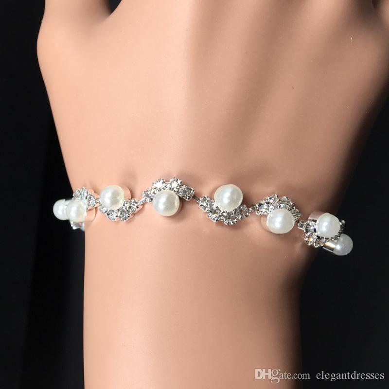 Cheap Sale Bridal Pearls Adorned Accessories Crystal Beaded Bracelets Bridal Hand Accessories Bridal Jewelry Chain